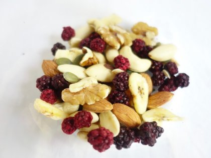 Easy Fruity Trail Mix