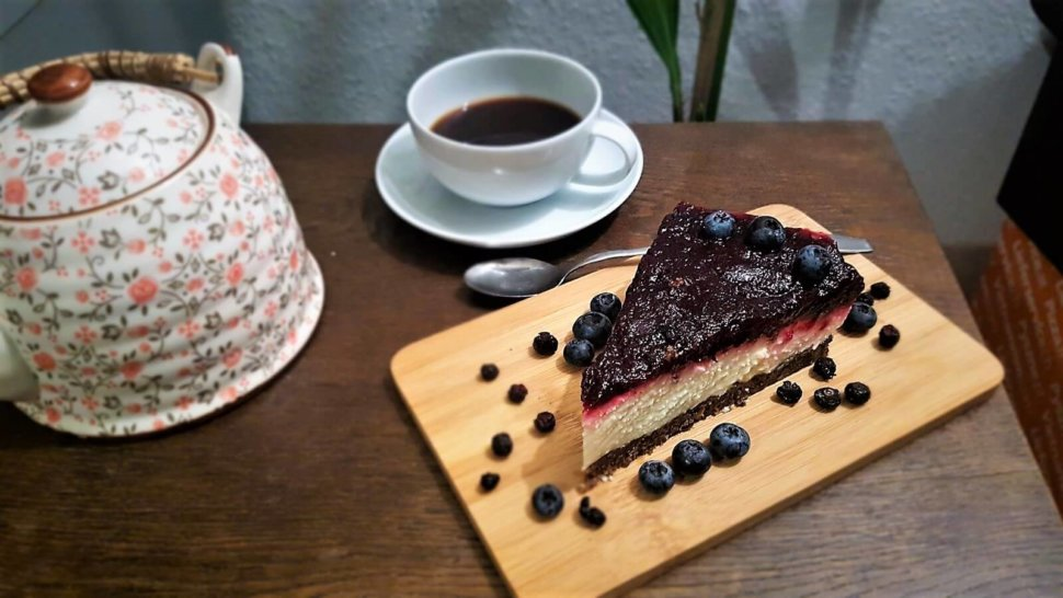 Pumpernickel-Rote-Bete-Cheesecake (2)